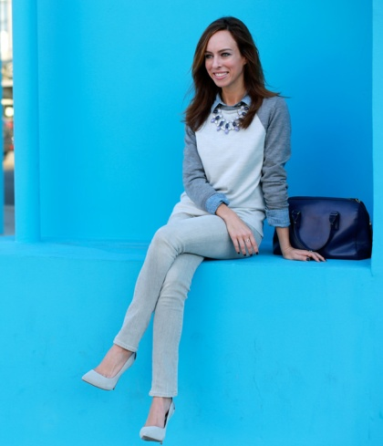 Sydne-Style-gray-jeans-blue-navy-chambray-grey-suede-pointy-pumps-blogger-style-fall-outfit-ideas